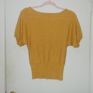 Outback Red Wool Blend Short Sleeve Sweater XS